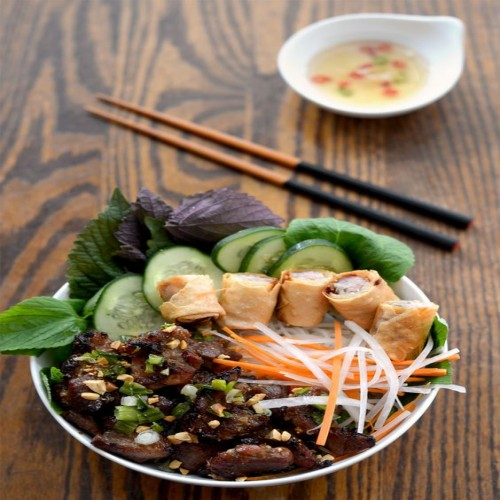 VIETNAMESE GRILLED PORK WITH VERMICELLI NOODLES RECIPE