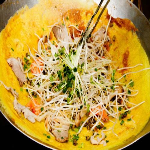 Vietnamese Crepe Recipe (Bánh Xèo Việt Nam)