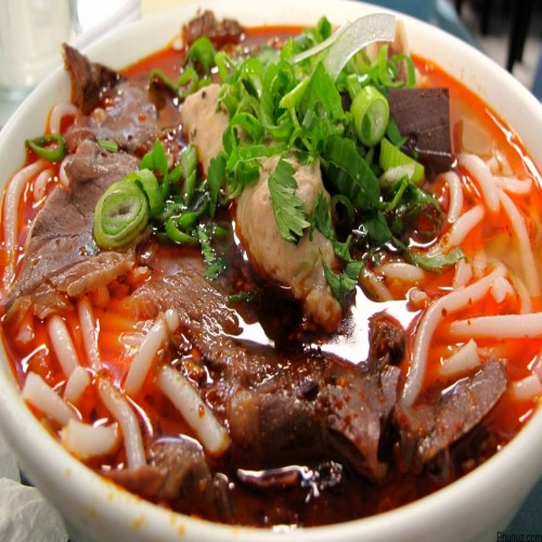 Bún bò Huế - Hue Beef Noodle Soup